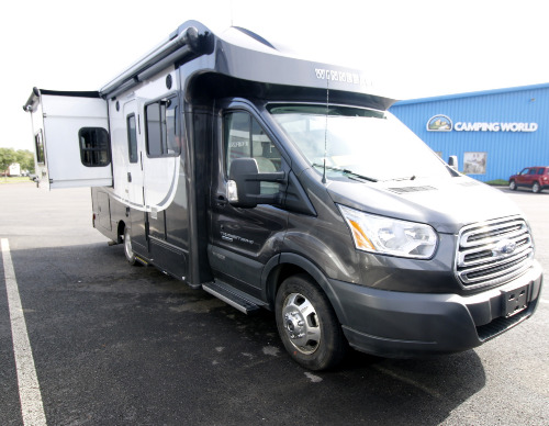 RV : 2019-WINNEBAGO-23T
