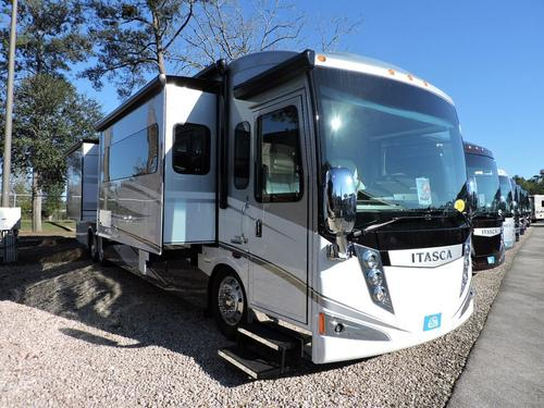 2016 Winnebago Ellipse