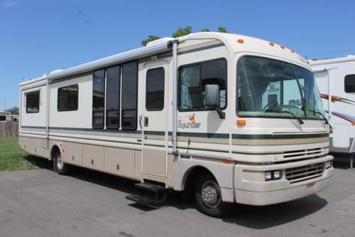 Used 1995 Fleetwood Bounder 35U Class A - Gas For Sale