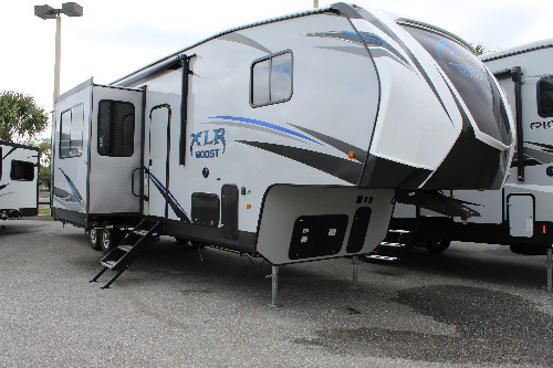 Exterior : 2019-FOREST RIVER-36DSX13
