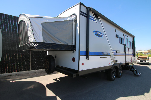 Bedroom : 2019-JAYCO-X23E