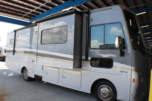 New or Used Winnebago Adventurer RVs for Sale - Camping