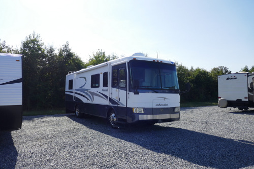 Exterior : 2001-HOLIDAY RAMBLER-34PBD-260HP
