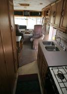 Living Room : 1993-WINNEABAGO-M-27RQ