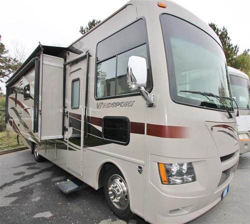 Used 2014 THOR MOTOR COACH Windsport 27K Class A - Gas For Sale
