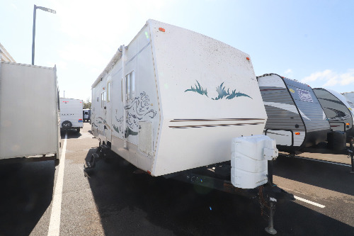 Exterior : 2003-FOREST RIVER-26FBS
