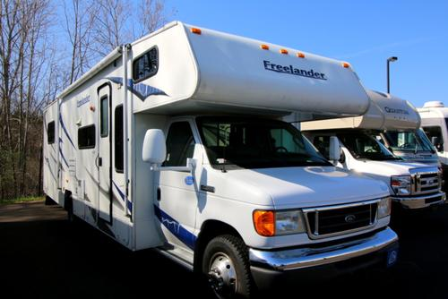 2008 Coachmen Freelander