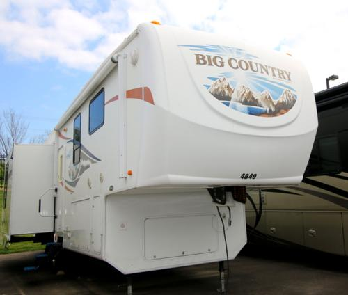 Used 2009 Heartland Big Country M-3250TS Fifth Wheel For Sale