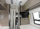 Bedroom : 2019-WINNEBAGO-170A