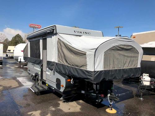 RV : 2018-COACHMEN-2405ST