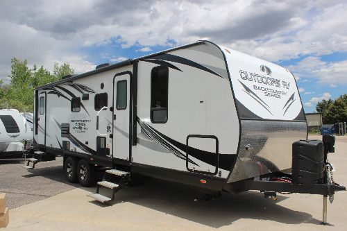 Exterior : 2020-OUTDOORS RV-27DBS