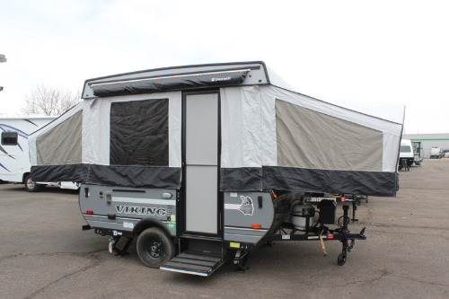 RV : 2019-COACHMEN-1906