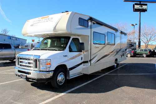 Exterior : 2019-COACHMEN-319MB
