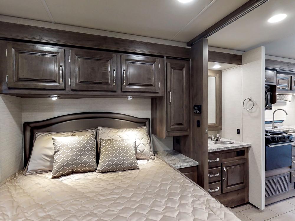 Greyhawk30X2019bedroom
